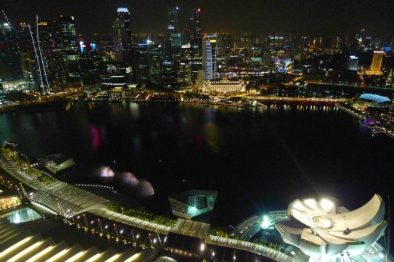 Singapore at night, by Amy