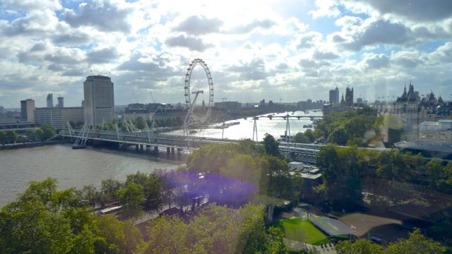 View over Thames from a Gallup corner office