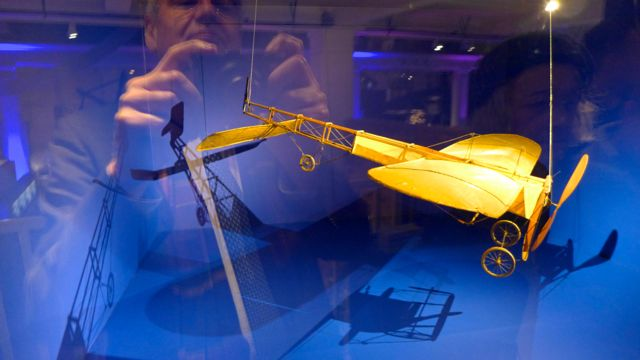 Churchill's Scientists 2: model of Bleriot's plane