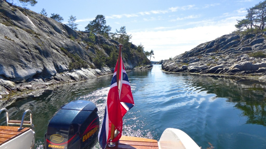 Picking our way through the archipelago